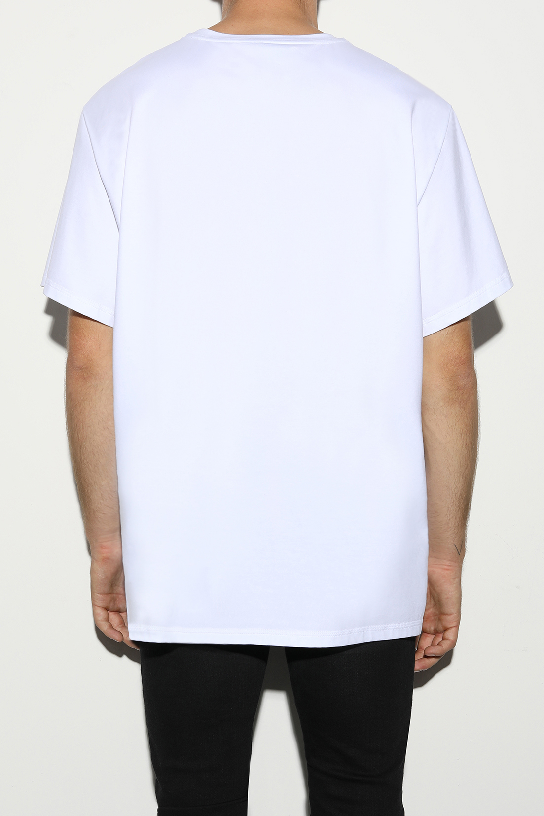 White t-shirt for men and women by designer Stefan Eckert, made of organic cotton, sustainably produced in Germany